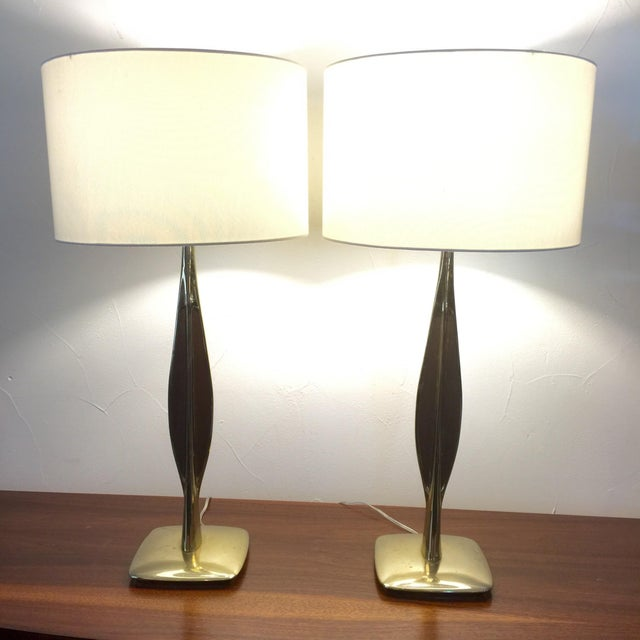 Laurel Lamp Co. Brass & Walnut Lamps - Pair For Sale - Image 7 of 8