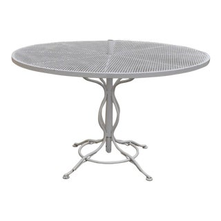"Vintage Russell Woodard Mid-Century Modern Sculptura 48"" Round Patio Dining Table For Sale"