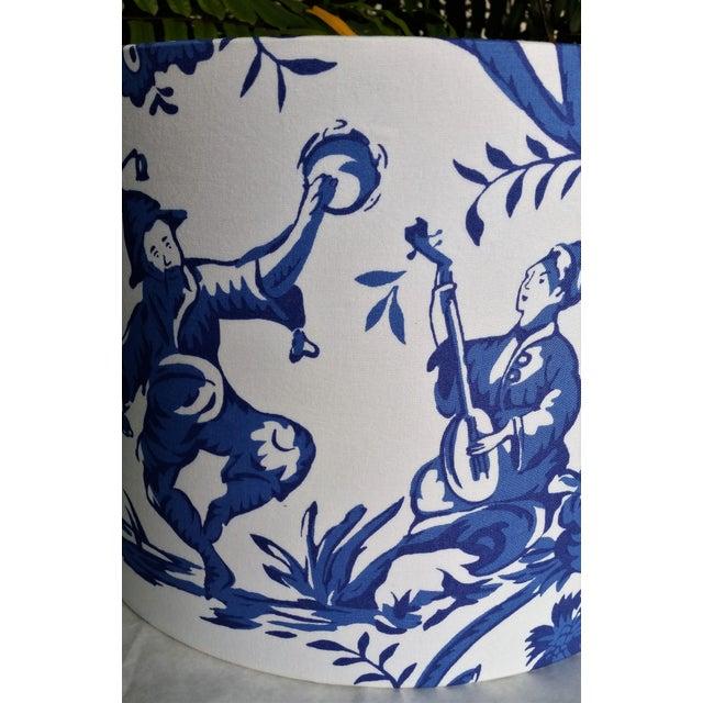 Cobalt Blue White Cotton Duralee Suri Fabric Drum Lampshade For Sale - Image 4 of 11