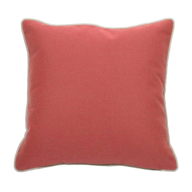 """Transitional Summer Classics Pair of Indoor/Outdoor Alena Pillows in Indigo, 20""""x 20"""" For Sale - Image 3 of 4"""