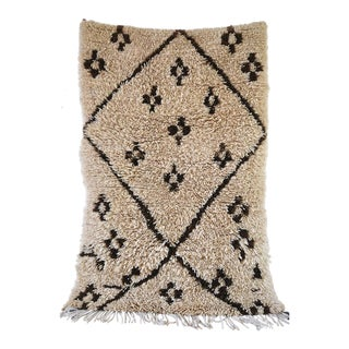 "Moroccan Vintage Beni Ourain Rug - 3'4"" X 5'2"" For Sale"