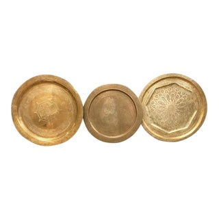 Set of 3 Vintage Brass Platters For Sale
