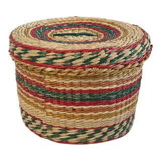 Vintage Woven Round Basket With Lid For Sale