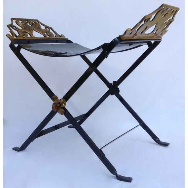1920s Neoclassical Iron X-Frame Gryphons Bench - Image 9 of 10