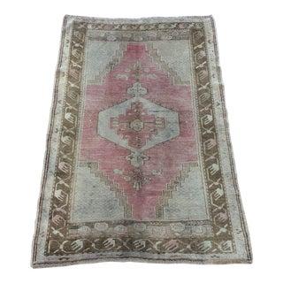 1960s Vintage Turkish Oushak rug- 4′ × 5′7″ For Sale