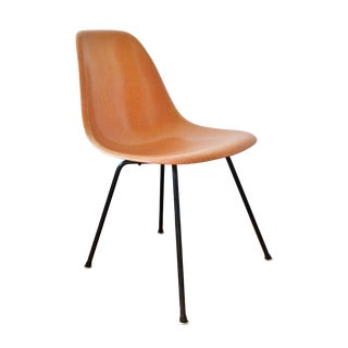 1950s Vintage Charles & Ray Eames for Herman Miller Dsx Fiberglass X-Base Shell Chair For Sale