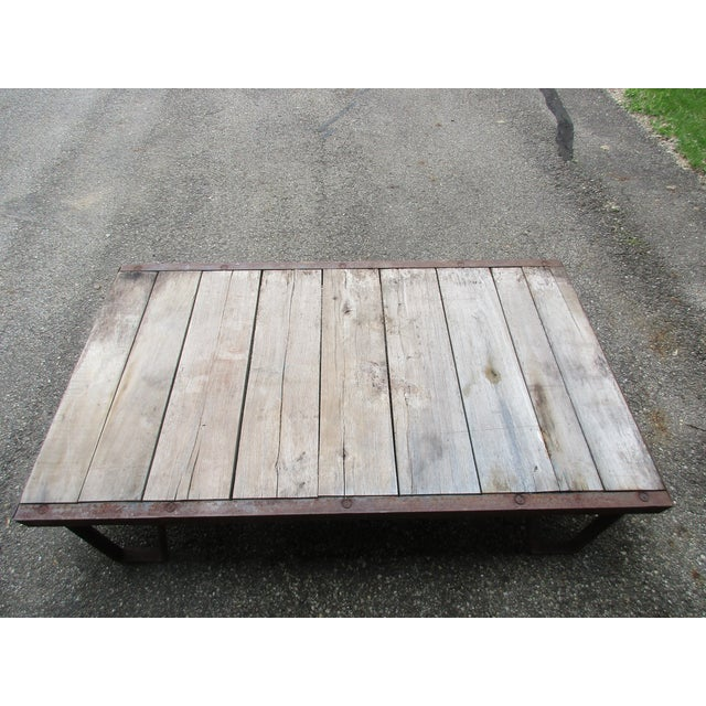 20th Century Industrial Pallet/Coffee Table For Sale - Image 9 of 12