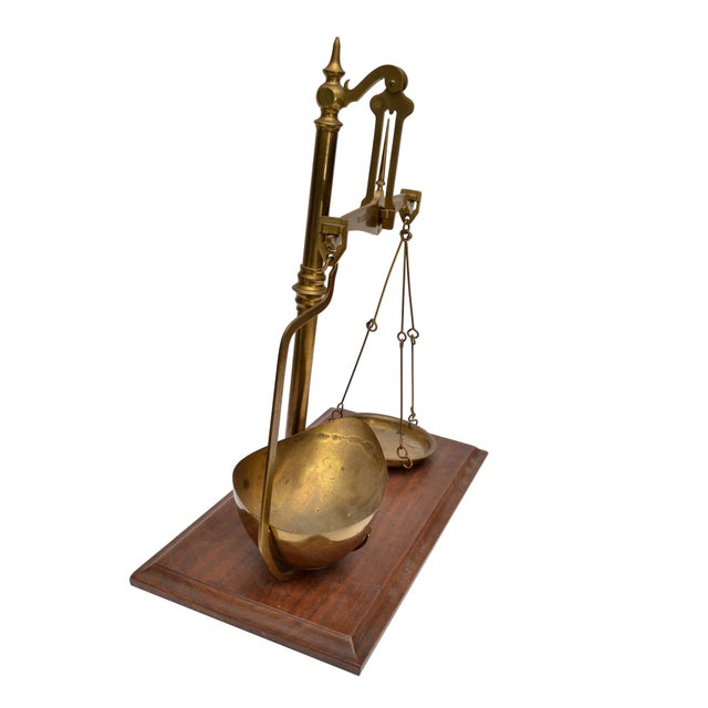 Merchant's Scale, England, Antique Brass For Sale In Miami - Image 6 of 11