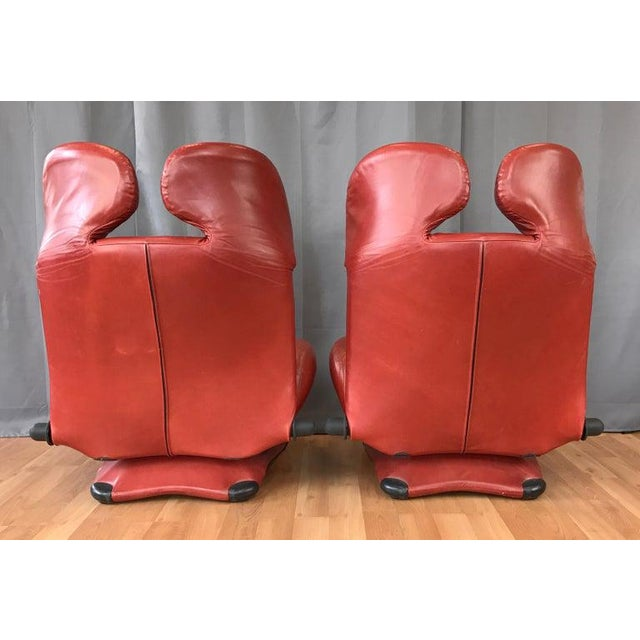 1980s Pair of Toshiyuki Kita for Cassina Wink Convertible Leather Lounge Chairs For Sale - Image 5 of 13