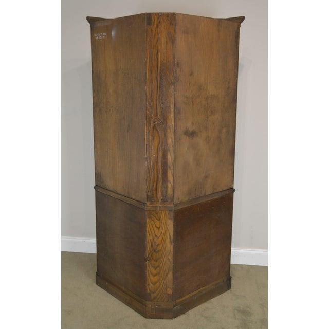 Ethan Allen Royal Charter Oak Corner Cabinet For Sale In Philadelphia - Image 6 of 13