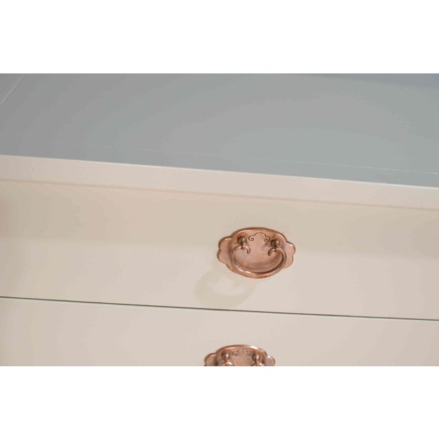 1960s American of Martinsville Eight Drawer Dresser With Rose Gold Hardware For Sale - Image 9 of 12