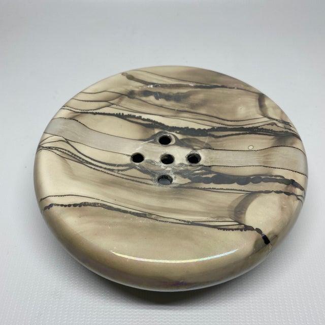 1990s Vintage Nieslen Ceramic Soap Dish For Sale - Image 5 of 13