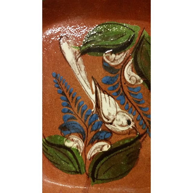 Folk Art Tlaquepaque Mexican Bowl With Bird Motif For Sale - Image 3 of 4