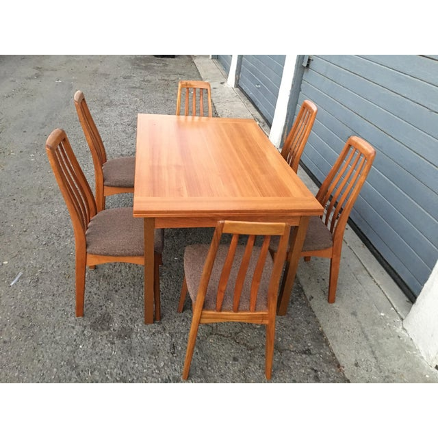 Benny Linden Design Mid-Century Dining Table & 6 Chairs For Sale - Image 10 of 11