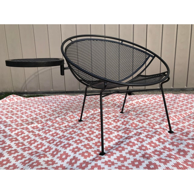 1950s Salterini Tempestini Radar Space Age MCM Mid-Century Modern Wrought Iron Lounge Patio Chairs With Tray Set #4 - a Pair For Sale - Image 9 of 13