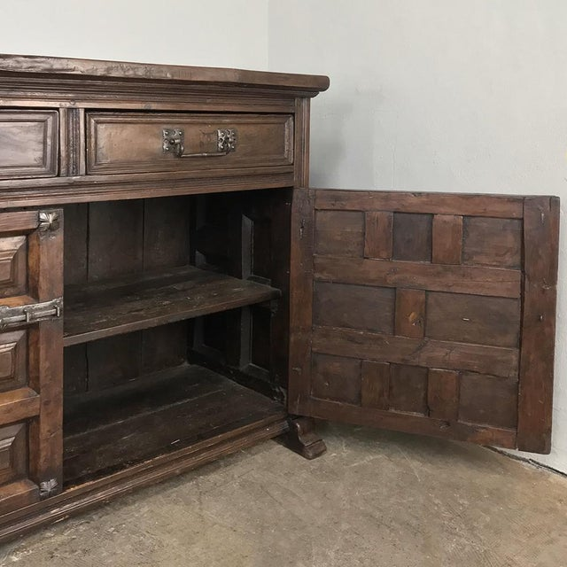 19th Century Grand Spanish Buffet For Sale - Image 4 of 13