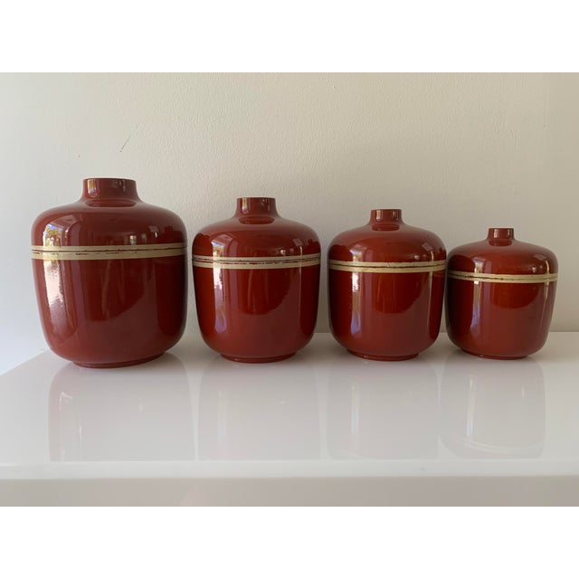 1980s Vintage Brick Red Lacquer Ware Nesting Jars - Set of 4 For Sale - Image 13 of 13