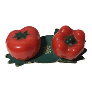 Vintage Flex Ware Tomato & Red Pepper Shaped Salt & Pepper Shakers For Sale