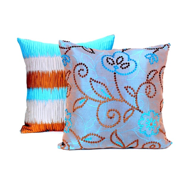 Catch the eye of any beholder with this chic reversible design, preserving the allure of traditional artistry. Perfect...