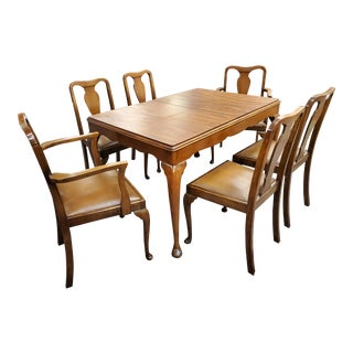 Antique Queen Anne Style Dining Set For Sale