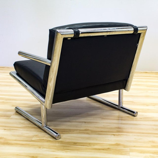Tubular Chrome & Navy Vinyl Club Chair - Image 5 of 8