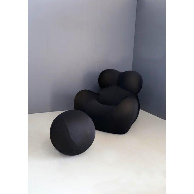 B&B Italia Gaetano Pesce for B&b Italia Up5 Black Lounge Chair and Ottoman, Restored 1970s For Sale - Image 4 of 9