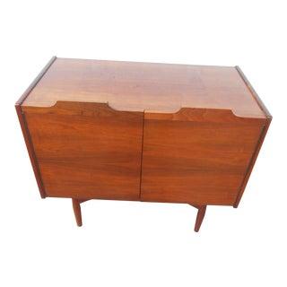 1960s Mid-Century Modern John Caldwell for Brown Saltman Bureau Dresser For Sale