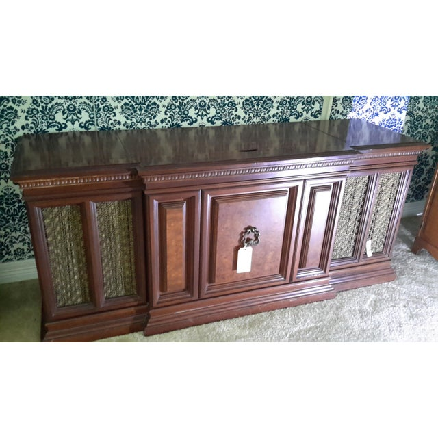 French Provincial Vintage Fisher President Stereo Console For Sale - Image 3 of 6