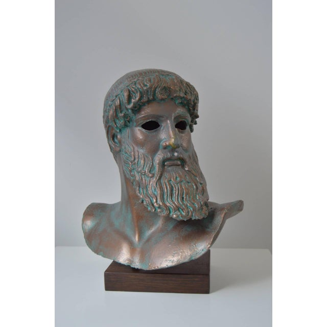 "Modern, Illuminated-Sculpture of the ""Artemision Zeus"" or ""God From the Sea"" For Sale - Image 4 of 5"