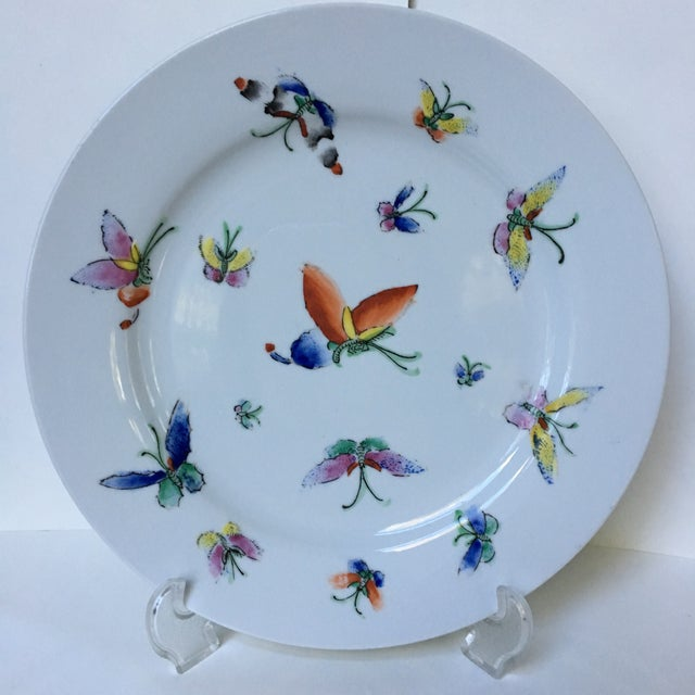 1980s Vintage Chinese Decorative Porcelain Butterfly Plate For Sale - Image 9 of 10