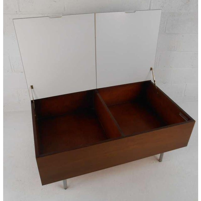 Mid-Century Modern George Nelson for Herman Miller Mid Century Modern Coffee Table For Sale - Image 3 of 7