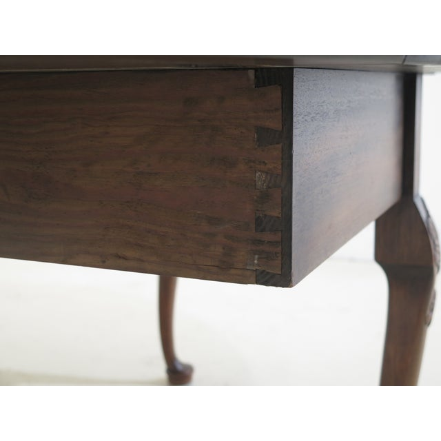 1960s Queen Anne Kittinger Colonial Williamsburg Mahogany Drop Leaf Table For Sale - Image 9 of 13