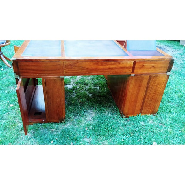 2000 - 2009 Traditional Starbay Rosewood Richelieu Leather Top Executive Desk For Sale - Image 5 of 13