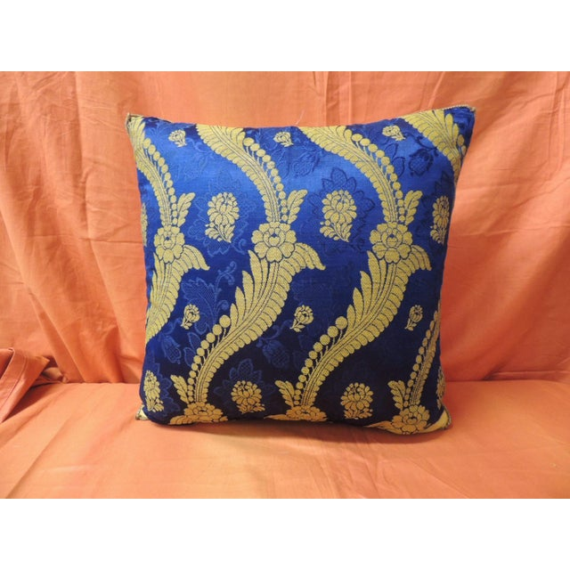 19th Century French Silk Brocade Royal Blue Square Decorative Pillow For Sale In Miami - Image 6 of 6