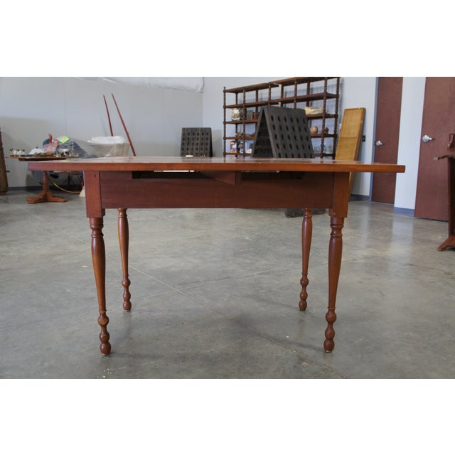 1900s Early American Style Solid Pine Drop Leaf Dining Table For Sale - Image 9 of 13