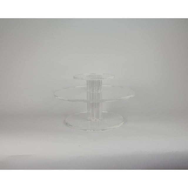 Dorothy Draper Mid-Century Lucite Rotating Cake Stand For Sale - Image 4 of 6