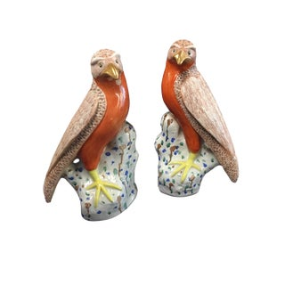 19th Century Hand-Painted Porcelain Chinese Export Birds of Prey - a Pair