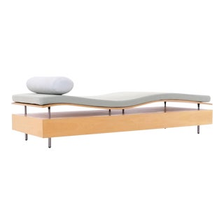 Maya Lin Longitude Chaise for Knoll For Sale