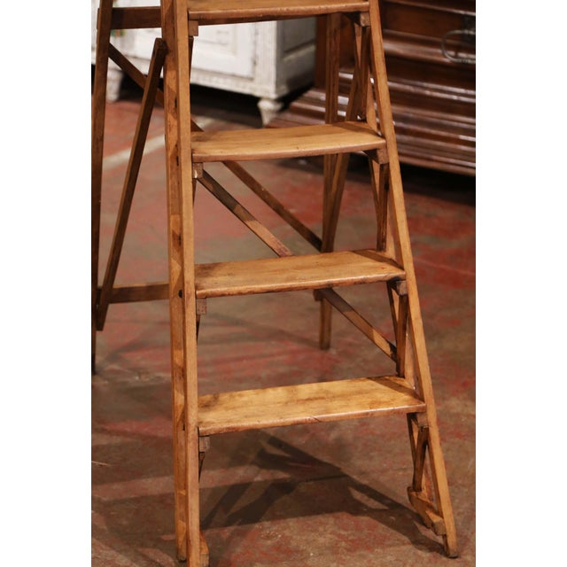 19th Century French Napoleon III Carved Walnut Folding Library Six-Step Ladder For Sale In Dallas - Image 6 of 12