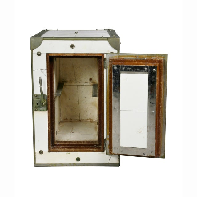 Wilke Mfg. Co. Cigar Humidor in the Form of Icebox For Sale - Image 4 of 11