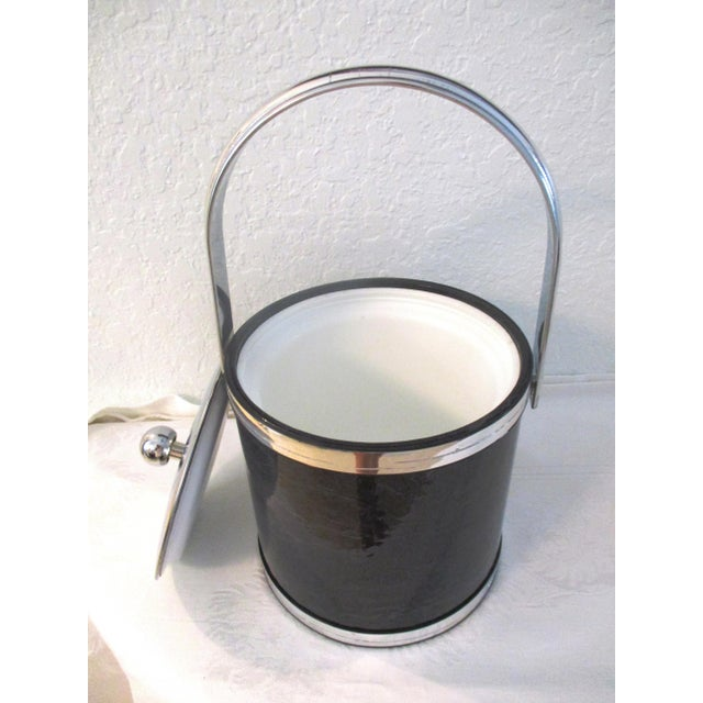 1970s 1970s Kraftware Silver & Black Faux Marble Ice Bucket For Sale - Image 5 of 7