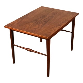 Mid-Century Danish Modern Side Table / Nightstand For Sale