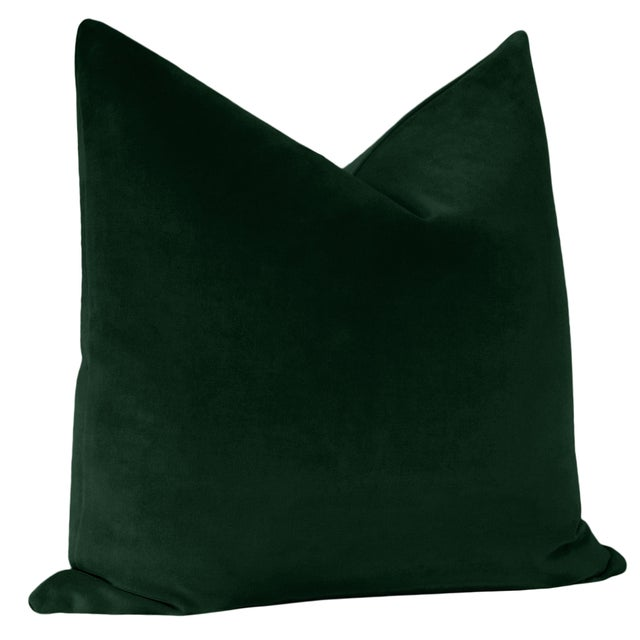 """Contemporary 22"""" Emerald Velvet Pillows - a Pair For Sale - Image 3 of 5"""
