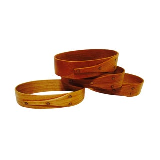 Handcrafted Shaker Oval Napkin Rings - Set of 4 For Sale