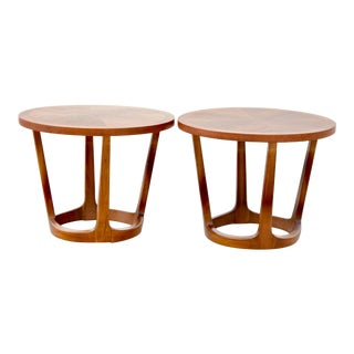 1960s Mid-Century Modern Lane Round End Tables - a Pair For Sale
