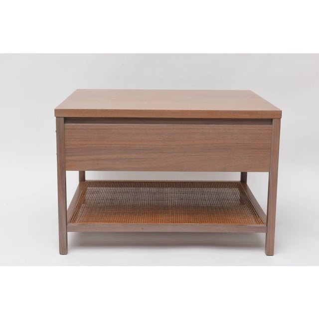 Brass Greige Walnut Side Table by Paul McCobb for Calvin For Sale - Image 7 of 11