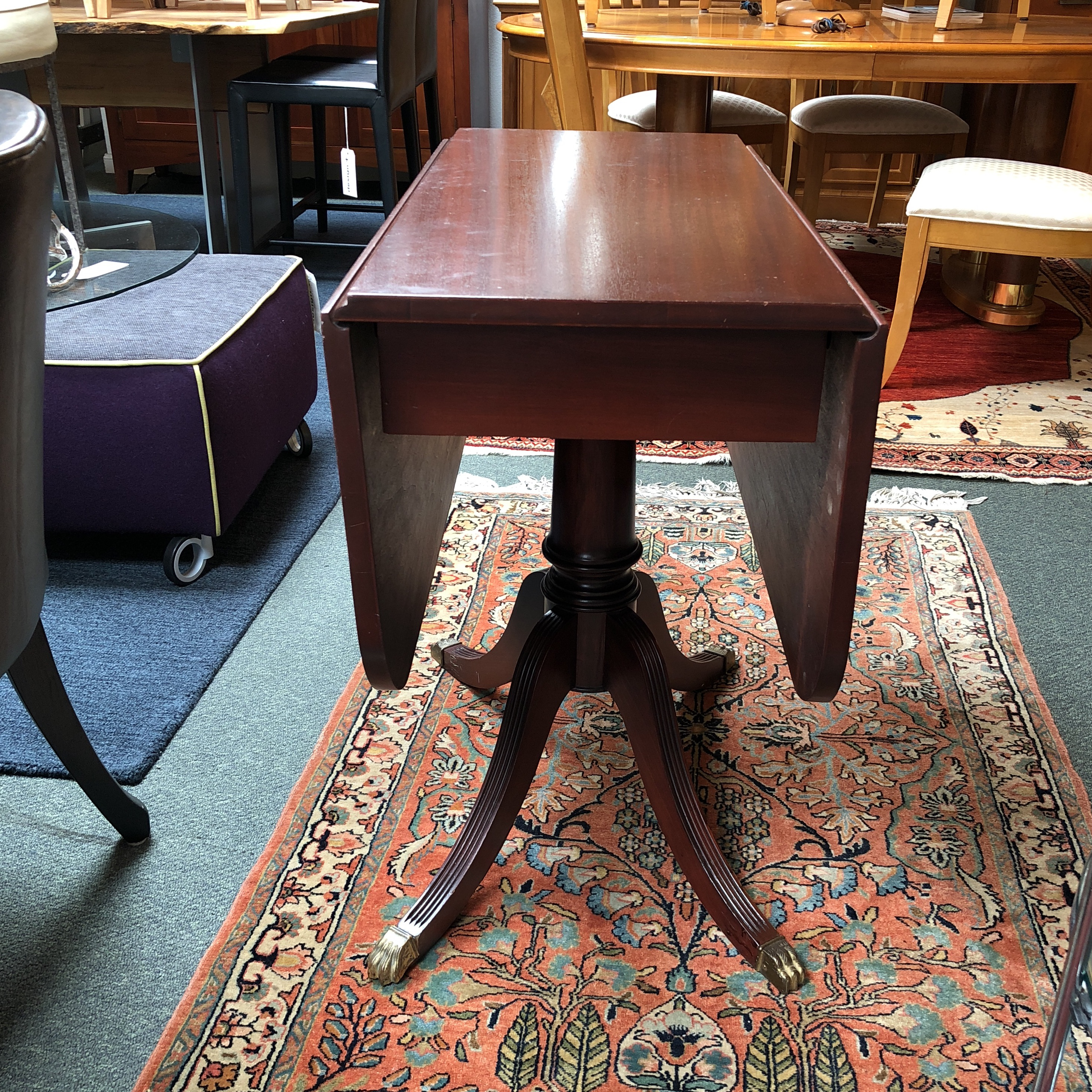 English Traditional Vintage Small Scale Drop Leaf Table For Sale   Image 3  Of 13