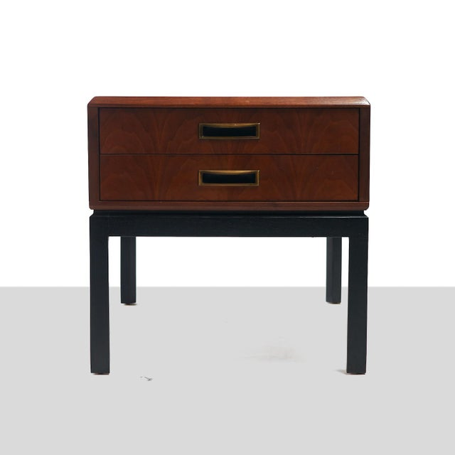 two toned night stands in the style of Harvey Probber - A pair For Sale In San Francisco - Image 6 of 6