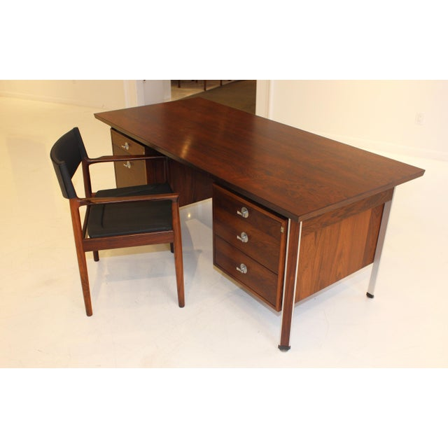 Finn Juhl Rosewood Executive Desk For Sale In New York - Image 6 of 13