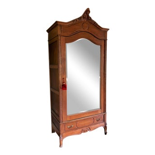 Early 1900s Traditional Single Door Oak Armoire With Beveled Mirror For Sale